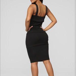 Black midi dress size medium